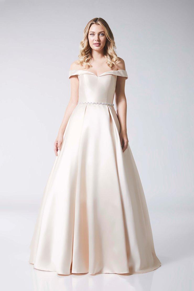 Tiffany Prom ADELE