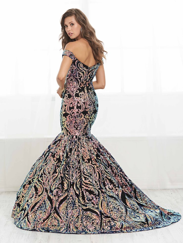 Tiffany Designs Style #16418