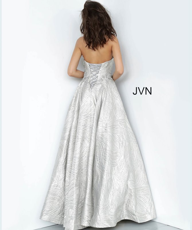 JVN JVN02323
