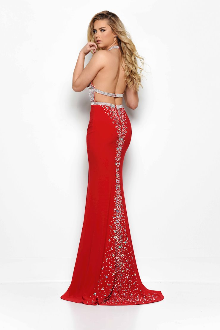 Jasz Couture Style #7006