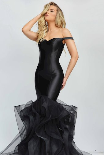 Jasz Couture Style #7008
