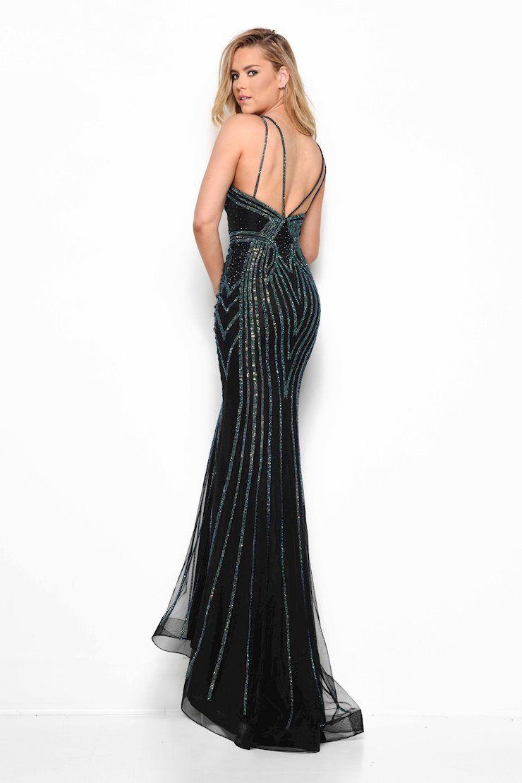 Jasz Couture Style #7011