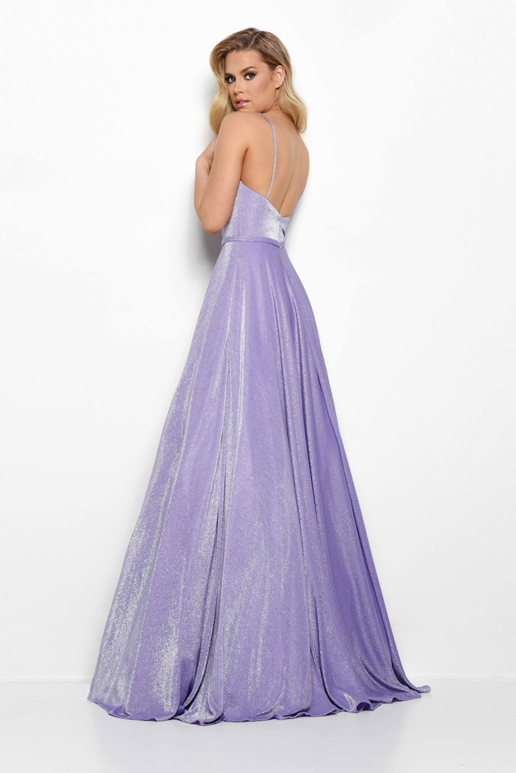 Jasz Couture Style #7019