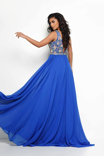 Jasz Couture Style #7031