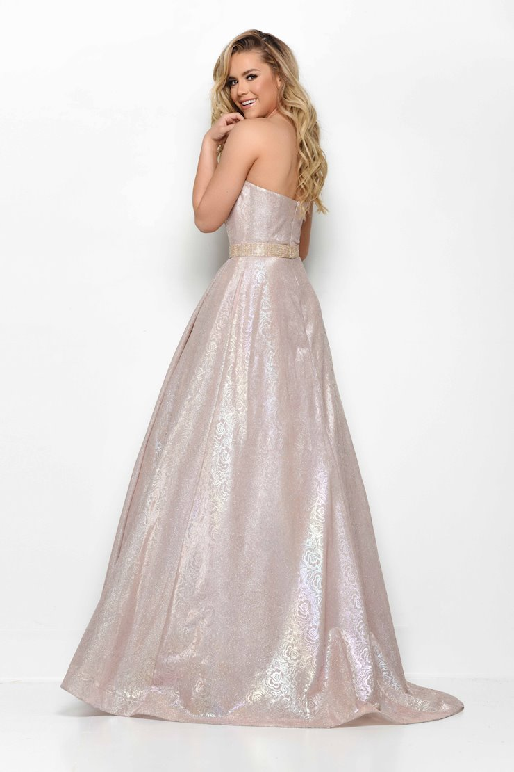 Jasz Couture Style #7039