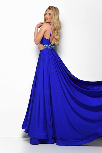 Jasz Couture Style #7052