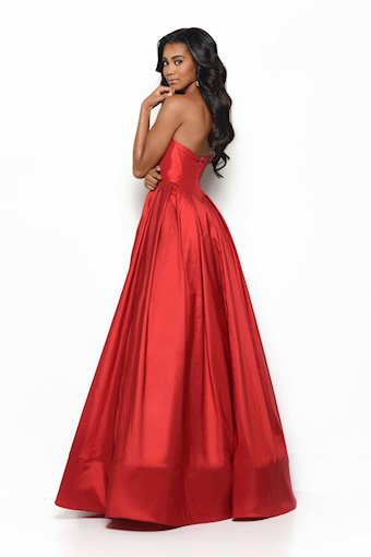 Jasz Couture Style #7059