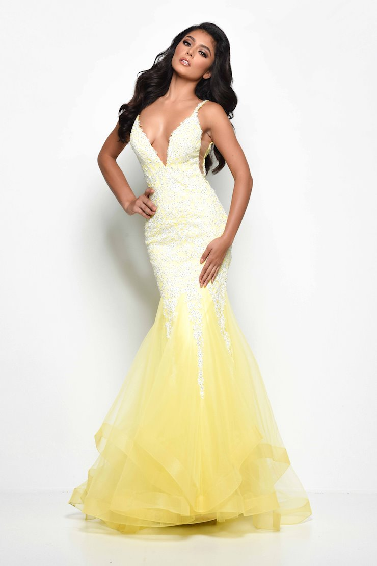 Jasz Couture Style #7069