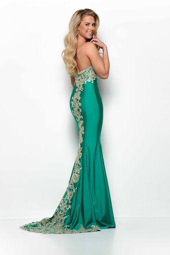 Jasz Couture Style #7071