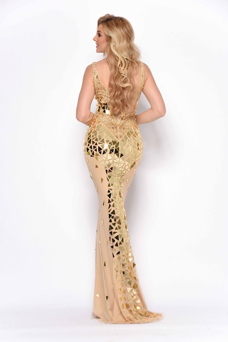 Jasz Couture Style #7084