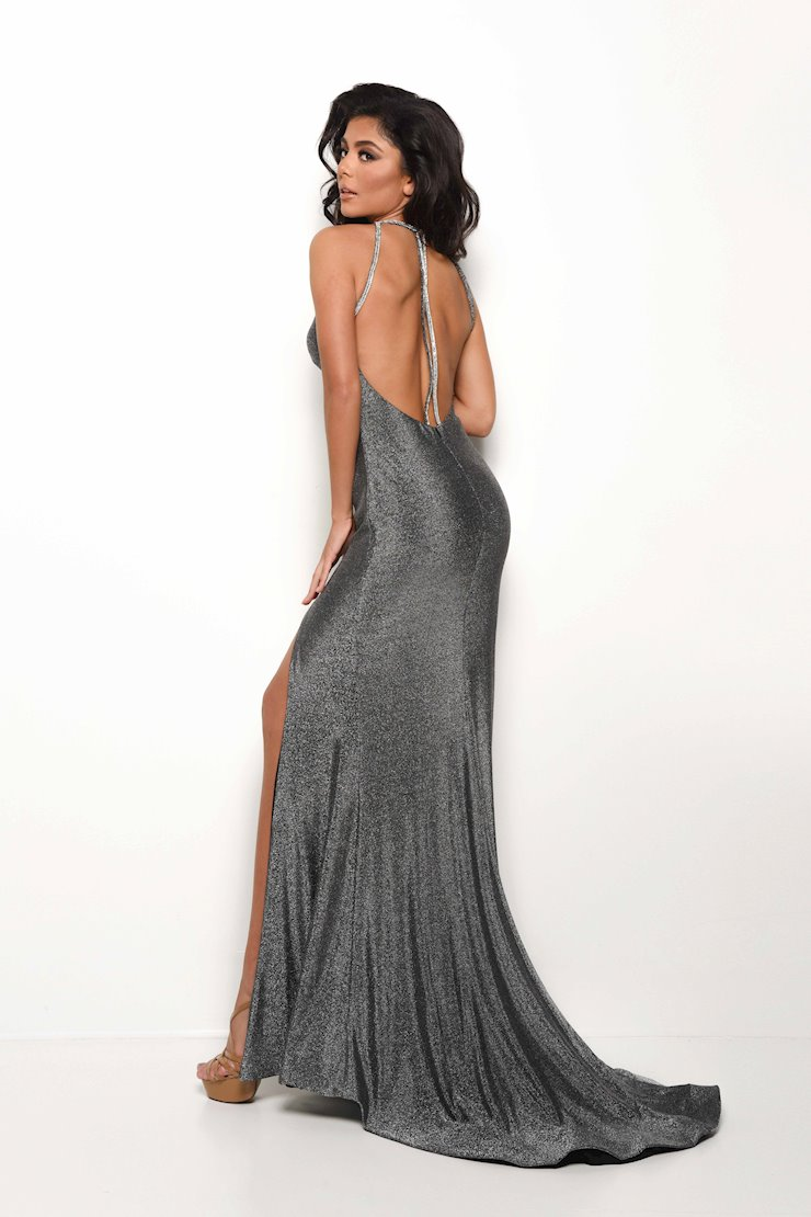 Jasz Couture Style #7085