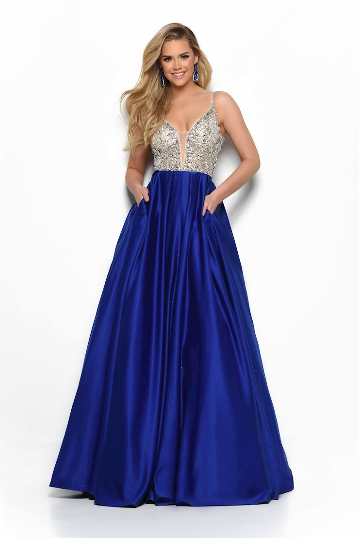 Jasz Couture Prom Dresses 7101