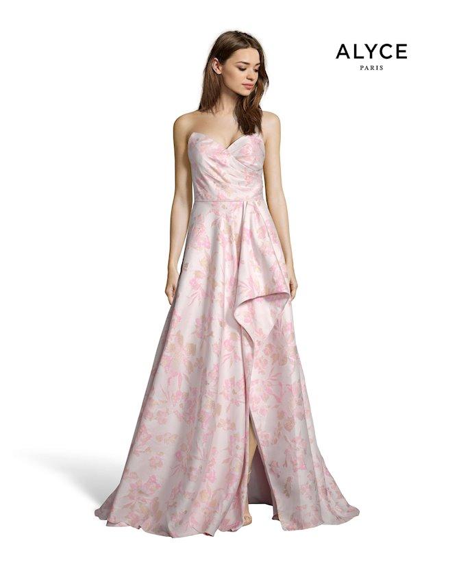 Alyce Paris 1509