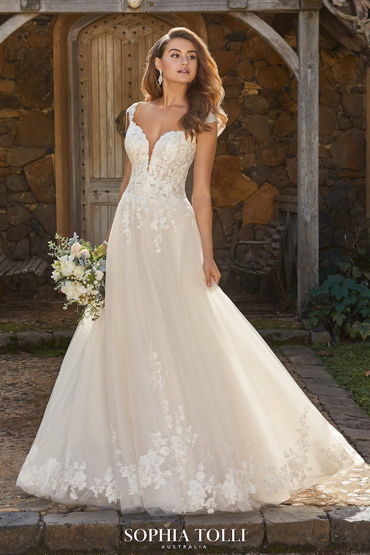 Sparkling Romantic A-Line Wedding Dress Alannah