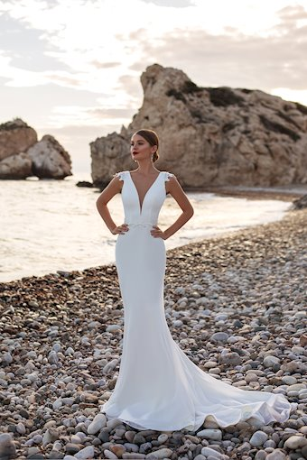 Monica Loretti Style #Leonora