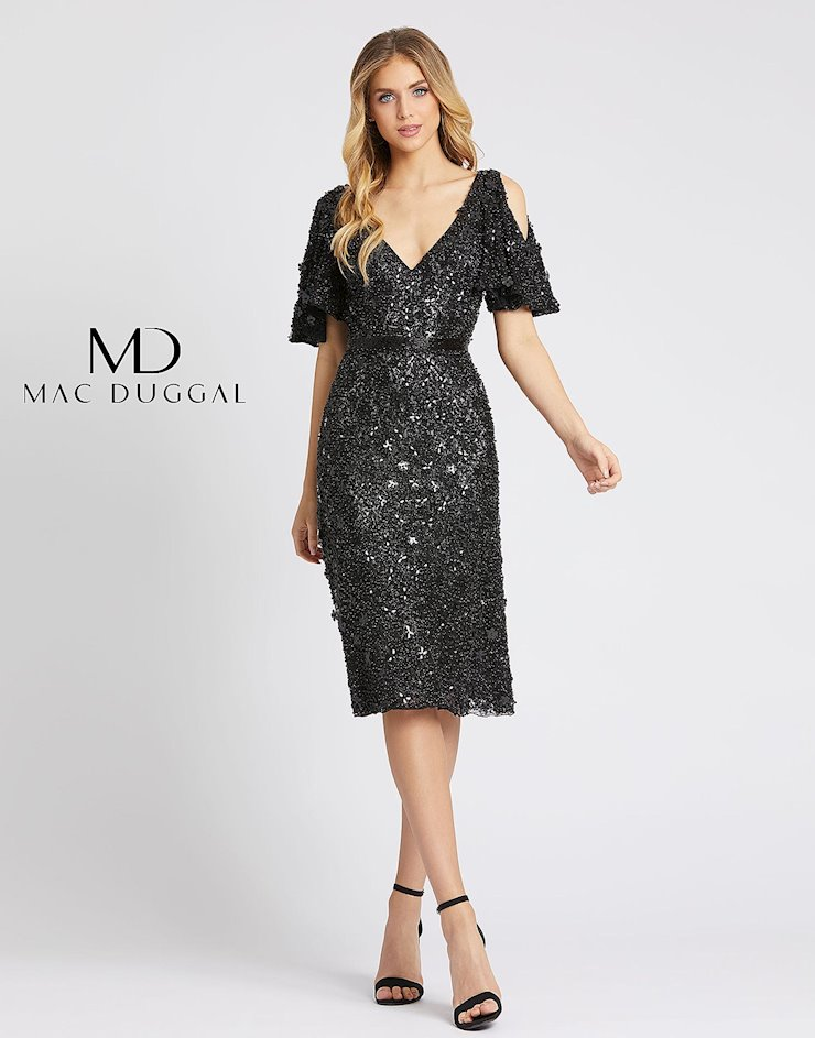 Mac Duggal Style #4988D Image