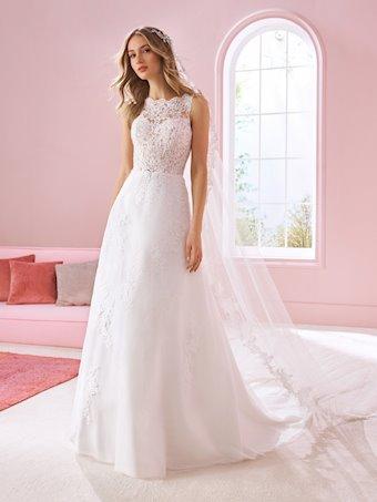 White One Style #ARETHA