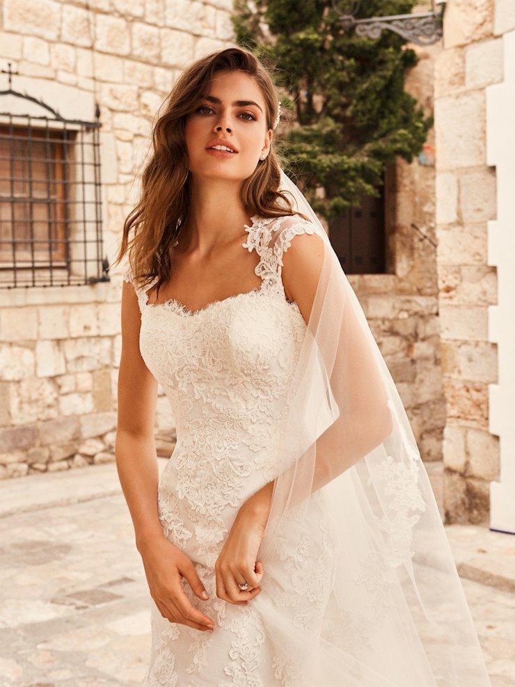 White One Style #kat Image