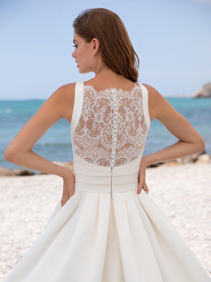 White One Style #lia  Image