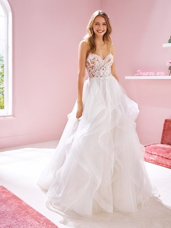 White One Style RINA