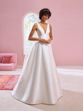 White One Style #VANESSA