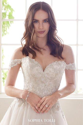 Sophia Tolli Morganite