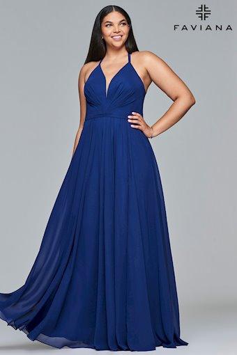 Faviana Plus Size Style: 9397
