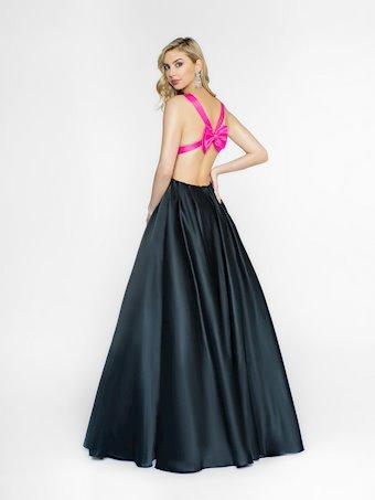 Val Stefani Style #3728RA