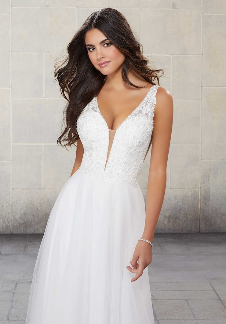 Morilee Style #6923L