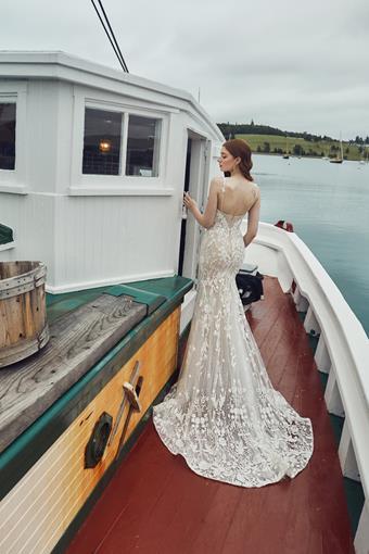 L'Amour by Calla Blanche Style No. LA20114
