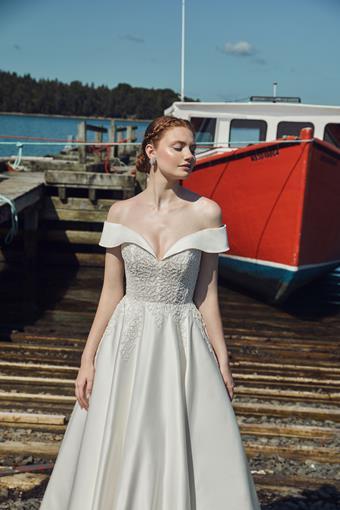 L'Amour by Calla Blanche Style No. LA20127