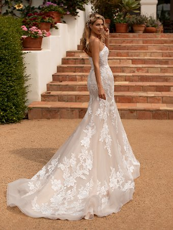 Moonlight Bridal J6777