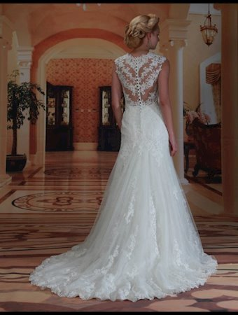 Venus Bridal Style #VE8174