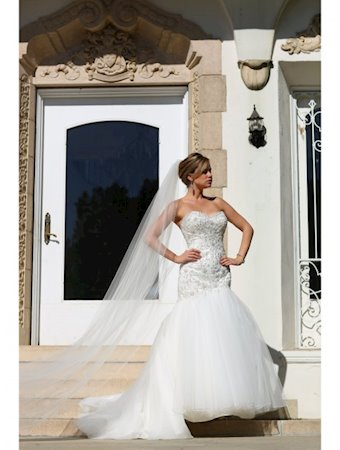 Venus Bridal Style #VE8185