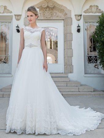 Venus Bridal Style #VE8219