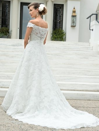 Venus Bridal Style #VE8234