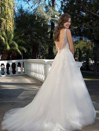 Venus Bridal Style #VE8260
