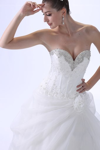 Venus Bridal Style #VE8701
