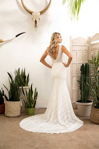Casablanca Bridal Kellan