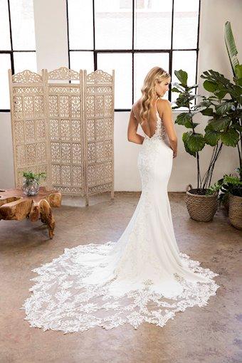 Casablanca Bridal Style #BL327