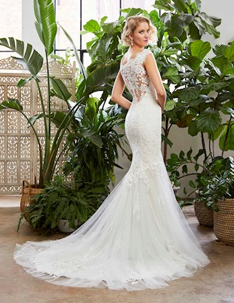 Casablanca Bridal Style #BL329