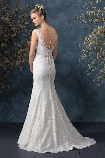Casablanca Bridal BL242