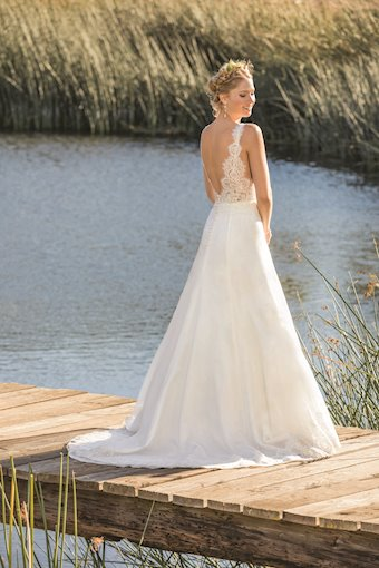 Casablanca Bridal BL269