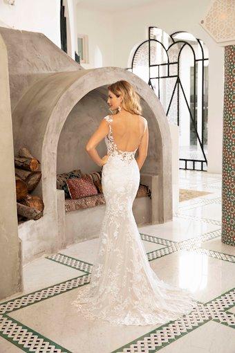 Casablanca Bridal #BL309