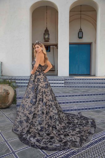 Casablanca Bridal #BL313