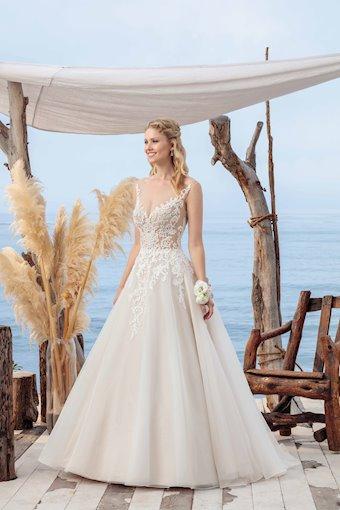 Casablanca Bridal BL249