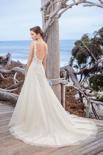 Casablanca Bridal BL250
