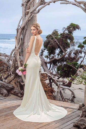 Casablanca Bridal BL258