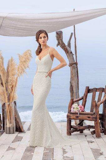 Casablanca Bridal BL259