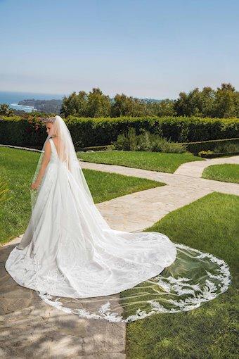 Casablanca Bridal #2372V